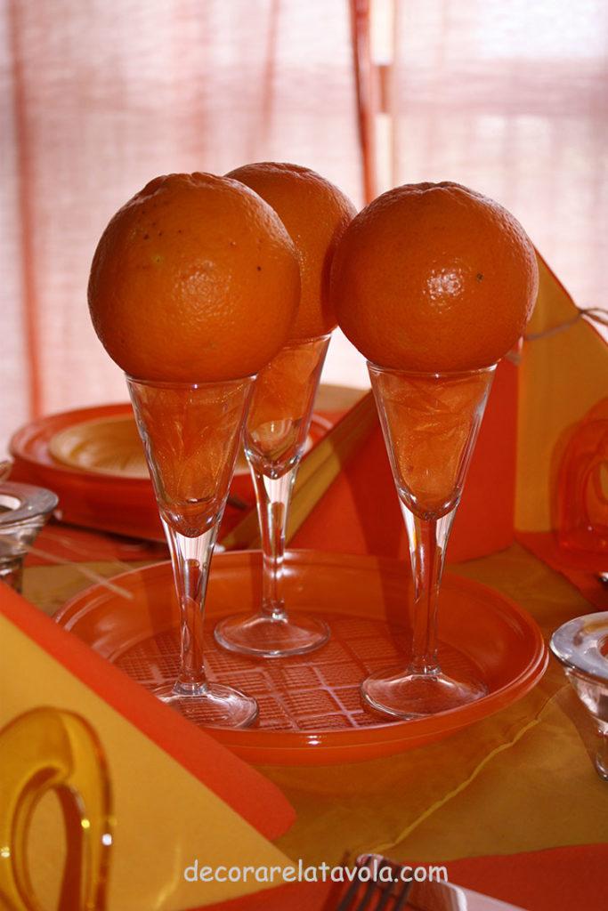 decorazione tavola per festa compleanno colori giallo arancione n.5