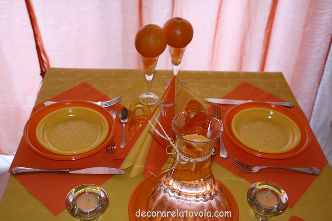 decorazione tavola per festa compleanno colori giallo arancione n.6