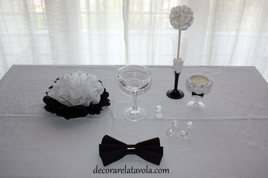 Allestimento Tavolo Bianco E Nero.Tavola Elegante In Bianco E Nero Decorare La Tavola